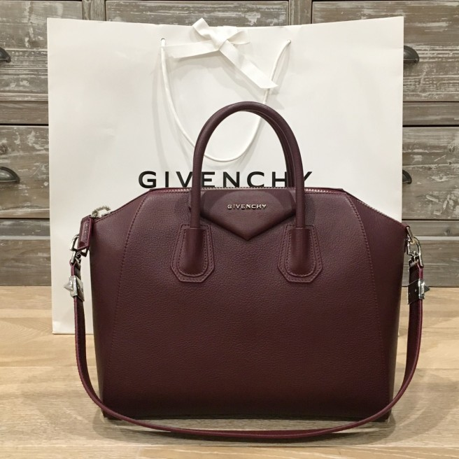 May Shop Givenchy