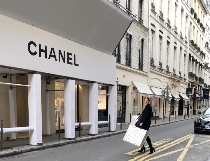 How I Afford Luxury (On A ReceptionistWage)
